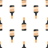 Nahtloses Muster der Rumflasche auf weißer Hintergrundisolierung Stockfotos
