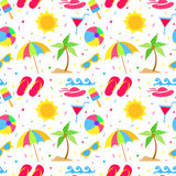 Nahtloses Muster der Sommerelemente Lizenzfreies Stockbild