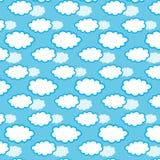 Nahtloses Muster der Wolke auf blauem Hintergrund Auch im corel abgehobenen Betrag Lizenzfreie Stockfotografie