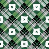 Nahtloses Muster des grünen diagonalen Gewebebeschaffenheits-Schottenstoffs Auch im corel abgehobenen Betrag lizenzfreie abbildung