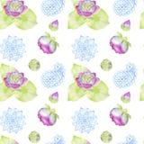Nahtloses Muster des Handgezogenen Aquarells, das Blumen und aus Blättern von Lotus besteht stock abbildung