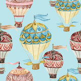 Nahtloses Muster des Luftfahrzeugs Heißluftballone des Aquarells Lizenzfreies Stockfoto