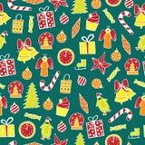 Nahtloses Muster des neuen Jahres auf dem grünen Hintergrund Stockfotos