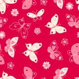 Nahtloses Muster des Schmetterlinges und der Blumen Stockfoto