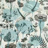 Nahtloses Muster des Sommervektors Botanische Tapete Anlagen, Insekten, Blumen in der Weinleseart Schmetterlinge, Libellen Lizenzfreies Stockfoto