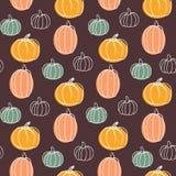 Nahtloses Muster des Vektors mit Kürbisen Hand gezeichnete bunte Illustration Glückliches Halloween Stockfotografie