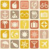 Nahtloses Muster des Vektors mit Reiseikonen Lizenzfreies Stockbild