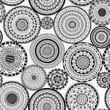 Nahtloses Muster des Vektors von den runden Schwarzweiss-Mandalen Lizenzfreies Stockfoto