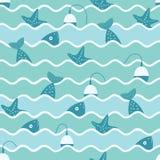 Nahtloses Muster des Vektors von Wellen und von Fischen Lizenzfreie Stockfotografie