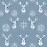Nahtloses Muster des Winters von Rotwild und von Schneeflocken Lizenzfreies Stockbild