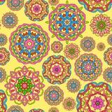 Nahtloses Muster gemacht von den abstrakten Kreismandalen stock abbildung
