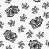 Nahtloses Muster gemacht von den Schwarzweiss-Rosen und von den Rosenblättern lizenzfreie abbildung