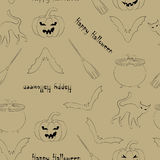 Nahtloses Muster Halloweens auf beige Hintergrund Lizenzfreie Stockbilder