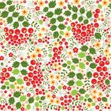 Nahtloses Muster Khokhloma mit Blumen und Eberesche Lizenzfreie Stockfotos