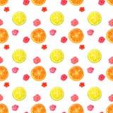 Nahtloses Muster mit Aquarellblumen und Scheiben der Zitrone und der Orange Stockfoto