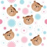 Nahtloses Muster mit Bären und Blumen Lizenzfreie Stockfotografie