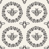 Nahtloses Muster mit Biene Stockfotografie