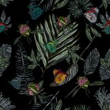 Nahtloses Muster mit Blättern und Schmetterling Stockfotos