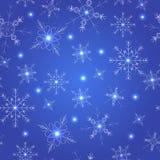 Nahtloses Muster mit blauen Schneeflocken Lizenzfreies Stockbild