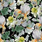 Nahtloses Muster mit Blumen nasals blende lilie Dekoratives Bild einer Flugwesenschwalbe ein Blatt Papier in seinem Schnabel Lizenzfreie Stockfotografie