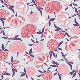 Nahtloses Muster mit Blumen und den Knospen des Klees auf einem violetten Hintergrund lizenzfreie abbildung