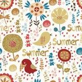 Nahtloses Muster mit Blumen, Vögeln und Herzen Lizenzfreies Stockbild