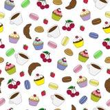 Nahtloses Muster mit Bonbonkuchen und -kaffee Stockfotos