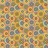 Nahtloses Muster mit bunten Kreisen im Retrostil. Stockfotografie