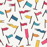 Nahtloses Muster mit dekorativen Flaggen Hintergrundbeschaffenheit mit verschiedenen hellen Wimpeln Stockfotos