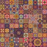 Nahtloses Muster mit dekorativen Mandalen Weinlesemandalaelemente Lizenzfreies Stockbild