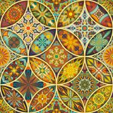 Nahtloses Muster mit dekorativen Mandalen Weinlesemandalaelemente Buntes Patchwork Lizenzfreie Stockfotografie