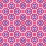 Nahtloses Muster mit den blauen und weißen Kreisen auf rosa Hintergrund Stockfotos