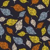 Nahtloses Muster mit ethnischen Blättern Stockfotografie