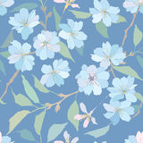 Nahtloses Muster mit Flieder und blauen Blumen Stockfoto