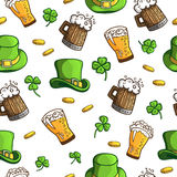 Nahtloses Muster mit Gegenstände St Patrick Tag Lizenzfreie Stockbilder