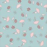 Nahtloses Muster mit Ginkgo und Glockenblumen Lizenzfreie Stockfotos