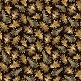 Nahtloses Muster mit goldenen Blättern des Herbstes der Eiche Hand gezeichnete Illustration mit farbigen Bleistiften lizenzfreies stockbild