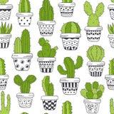 Nahtloses Muster mit grünem Kaktus in den Töpfen Schwarzweiss Lizenzfreie Stockbilder