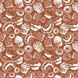 Nahtloses Muster mit Hand gezeichneten Gekritzelbäckereiprodukten Vektorsatz Elemente für Menüdesignkuchen, Teekanne, Hörnchen Stockfotografie