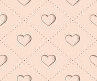 Nahtloses Muster mit Herzen im Weinleseartstich auf einem beige Hintergrund für Valentinstag Hand gezeichnet Lizenzfreies Stockbild