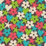 Nahtloses Muster mit Herzen, Sternen und Blumen Lizenzfreie Stockfotos