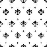 Nahtloses Muster mit königlicher Lilie Lizenzfreies Stockfoto