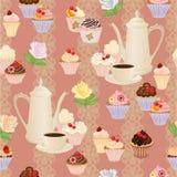 Nahtloses Muster mit Kaffeetopf, -schalen, -kuchen und -rosen Stockfoto