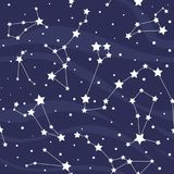 Nahtloses Muster mit Konstellationen Platzhintergrund mit Sternen Lizenzfreies Stockfoto