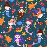 Nahtloses Muster mit Meerjungfrauen und Seetieren - Vektorillustration, ENV stock abbildung