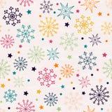 Nahtloses Muster mit mehrfarbigen Schneeflocken Lizenzfreie Stockbilder
