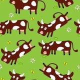 Nahtloses Muster mit netten Kühen Lizenzfreies Stockfoto