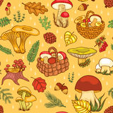 Nahtloses Muster mit Pilzen Stockfotografie