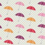 Nahtloses Muster mit Regenschirmen Lizenzfreies Stockbild