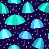 Nahtloses Muster mit Regenschirmen Stockfoto